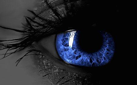 3D-Blue-Eye-Desktop-Wallpapers